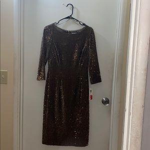 Eliza J Gold Sequin Sheath Dress sz 6